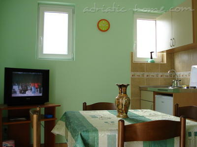 Apartments SANDRA II***, Tivat, Montenegro - photo 2