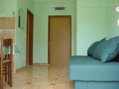 Apartments SANDRA II***, Tivat, Montenegro - photo 5