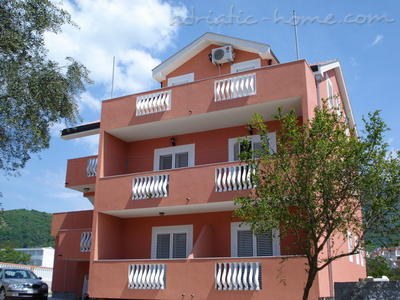 Apartments SANDRA III***, Tivat, Montenegro - photo 1