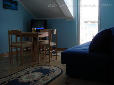 Apartments SANDRA IV***, Tivat, Montenegro - photo 3