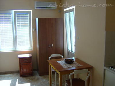 Studio apartment JOČIĆ, Tivat, Montenegro - photo 9