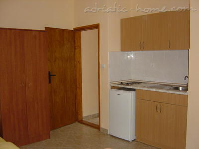 Studio apartment JOČIĆ II, Tivat, Montenegro - photo 7