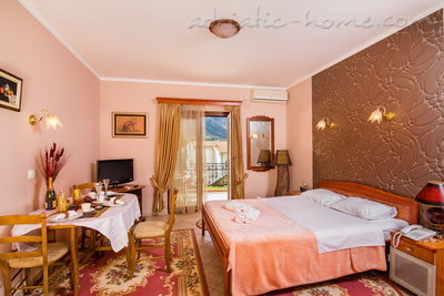 Studio apartment BOGDANOVIĆ II, Kotor, Montenegro - photo 2