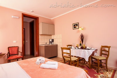 Studio apartment BOGDANOVIĆ II, Kotor, Montenegro - photo 3