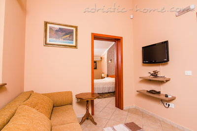 Apartments BOGDANOVIĆ IV, Kotor, Montenegro - photo 3