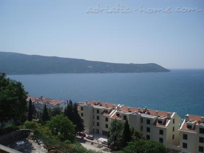 Apartments BOŽOVIĆ, Herceg Novi, Montenegro - photo 12