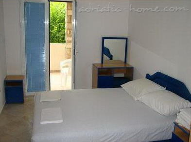 Apartments BELENI, Herceg Novi, Montenegro - photo 5