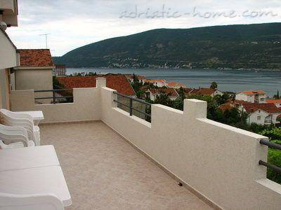 Apartments BELENI II, Herceg Novi, Montenegro - photo 1