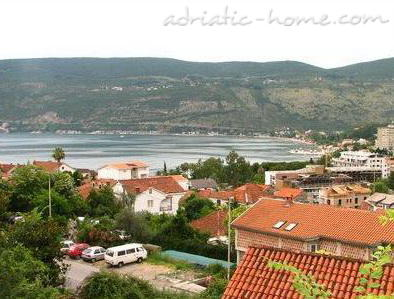 Apartments BELENI III, Herceg Novi, Montenegro - photo 2