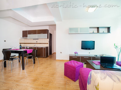 Apartments RAYMOND-One bedroom apartments with balcony, Sveti Stefan, Montenegro - photo 2
