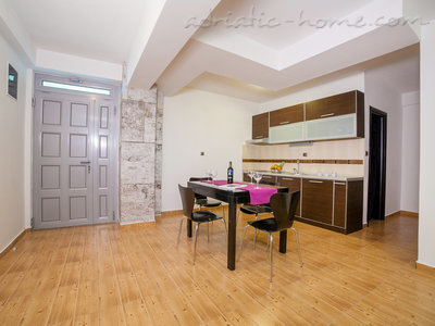 Apartments RAYMOND-One bedroom apartments with balcony, Sveti Stefan, Montenegro - photo 5