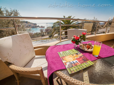 Appartementen RAYMOND-One bedroom apartments with sea view, Pržno, Montenegro - foto 2