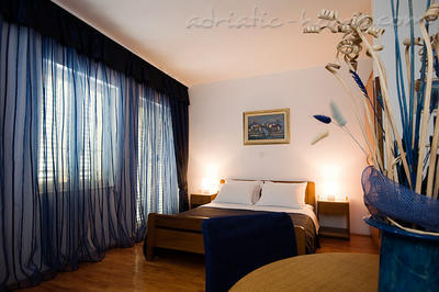 Studio apartment VILLA NAUTICA I,II , Herceg Novi, Montenegro - photo 2