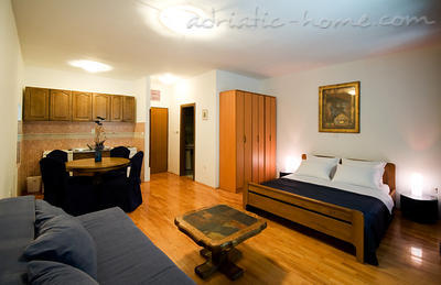 Studio apartment VILLA NAUTICA IV, Herceg Novi, Montenegro - photo 1