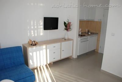 Apartments MONTESUN RESIDENCE , Herceg Novi, Montenegro - photo 4