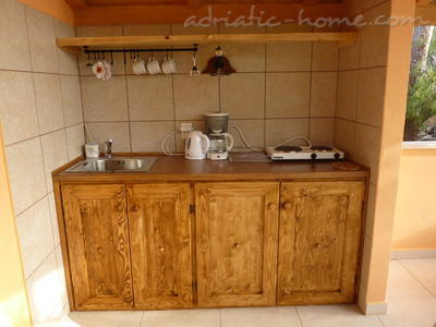 Studio apartment MIRA, Hvar, Croatia - photo 4