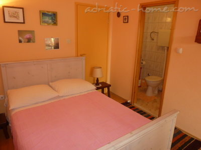 Studio apartment MIRA, Hvar, Croatia - photo 2