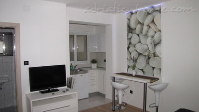 Studio apartment VILLA L&L III, Makarska, Croatia - photo 8