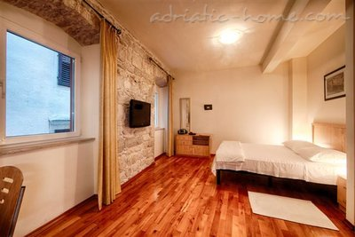 "Studio apartment ""Mentha"" - VILLA NONNA, Vis, Croatia - photo 3"