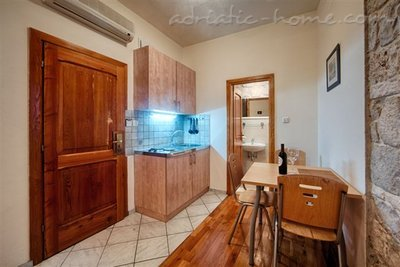 "Studio apartment ""Mentha"" - VILLA NONNA, Vis, Croatia - photo 4"
