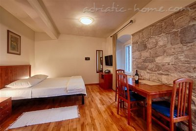 "Studio apartment ""Citrus"" - VILLA NONNA, Vis, Croatia - photo 2"