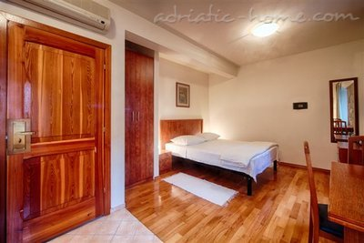 "Studio apartment ""Citrus"" - VILLA NONNA, Vis, Croatia - photo 1"