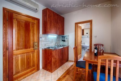 "Studio apartment ""Olea"" - VILLA NONNA, Vis, Croatia - photo 3"