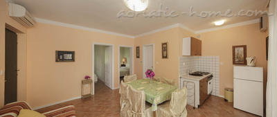 "Apartments VILLA TAMARA  ""A1"", Hvar, Croatia - photo 4"