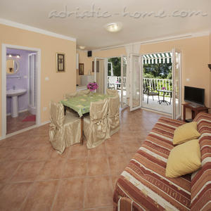 "Apartments VILLA TAMARA  ""A1"", Hvar, Croatia - photo 7"
