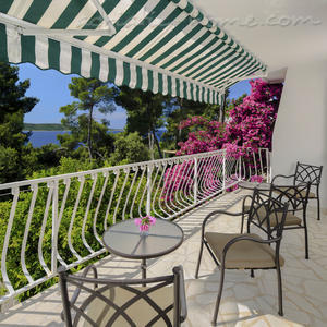 "Apartments VILLA TAMARA  ""A1"", Hvar, Croatia - photo 8"