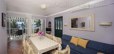 "Apartments VILLA TAMARA  ""A3"", Hvar, Croatia - photo 4"