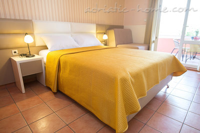 "Studio apartment STUDIO APARTMENTS""SOFIJA"", Budva, Montenegro - photo 2"