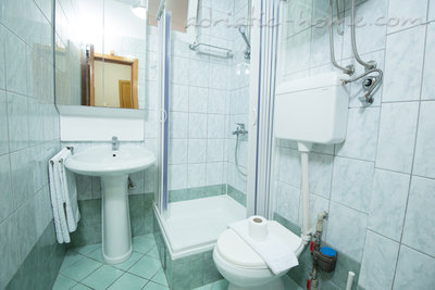 "Apartamentos ""FAMILY ONEBEDROOM APARTMENT ""SOFIJA"" WITH BIG BALKONY, Budva, Montenegro - foto 6"