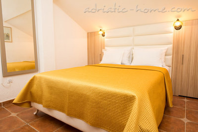 "Apartments THREEBEDROOM COMFORT APARTMENT ""SOFIJA""WITH SEA VIEW, Budva, Montenegro - photo 5"
