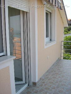 Apartments LILI II, Murter, Croatia - photo 5