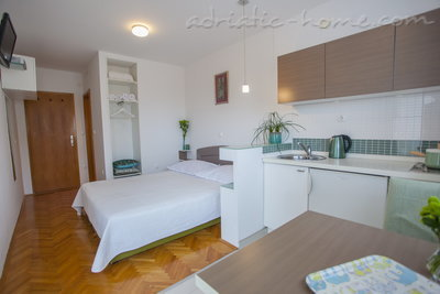 Studio apartment Villa MAKARANA, Makarska, Croatia - photo 8