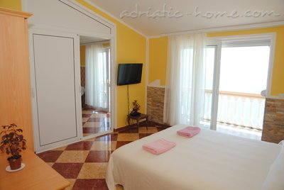 Apartments SUN II, Ulcinj, Montenegro - photo 4