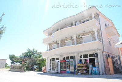 Apartments SUN III, Ulcinj, Montenegro - photo 2