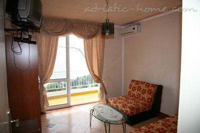 Apartments SUN IV, Ulcinj, Montenegro - photo 2