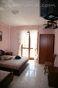 Studio apartment SUN V, Ulcinj, Montenegro - photo 3