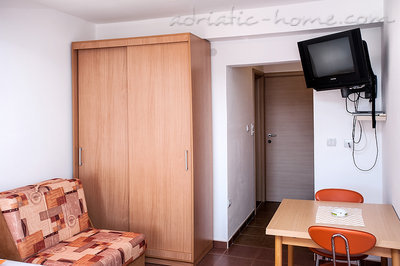 Studio apartment ĐUROVIĆ  VI, Petrovac, Montenegro - photo 5