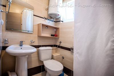 Studio apartment ĐUROVIĆ  VI, Petrovac, Montenegro - photo 8