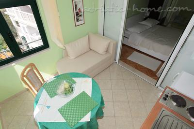 Apartmány Apartment with Balcony and Sea View (3 Adults), Makarska, Chorvátsko - fotografie 3