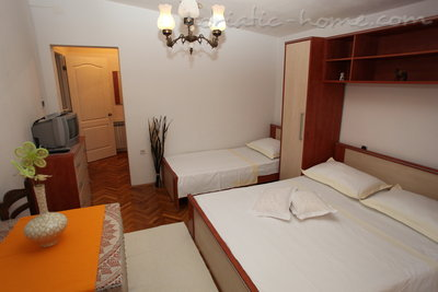 Appartementen Studio Apartment with Terrace (2 - 3 Adults)	, Makarska, Kroatië - foto 7
