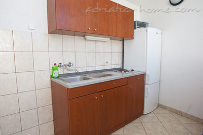 Apartments Studio Apartment with Terrace (2 - 3 Adults)	, Makarska, Croatia - photo 11
