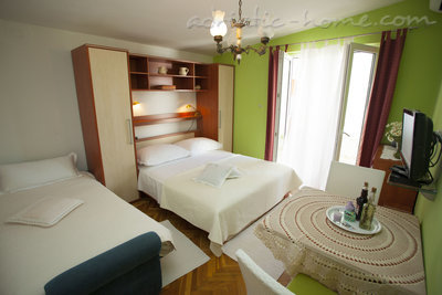 Appartementen Studio Apartment with Terrace (2 - 3 Adults)	, Makarska, Kroatië - foto 11