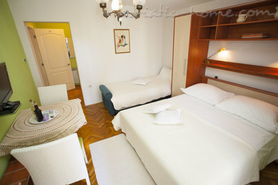 Appartementen Studio Apartment with Terrace (2 - 3 Adults)	, Makarska, Kroatië - foto 13