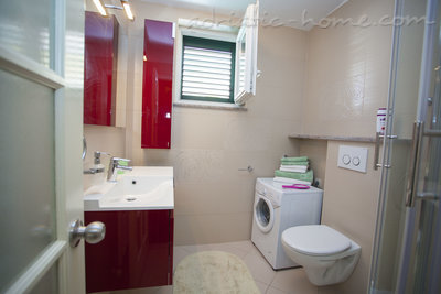 Appartementen Studio Apartment with Terrace (2 - 3 Adults)	, Makarska, Kroatië - foto 14