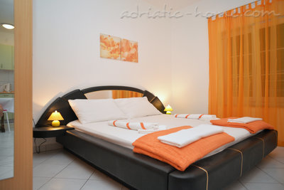 Apartments LEPUR, Vodice, Croatia - photo 8