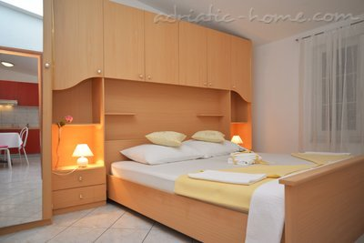 Apartments LEPUR IV, Vodice, Croatia - photo 6